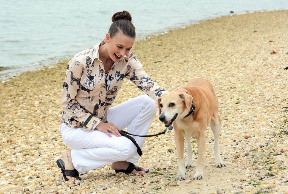 dizzie-lizzie-with-dog.jpg