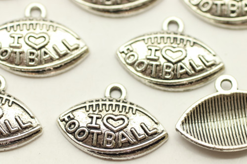 """I Heart Football"" on Football, 15x13x3mm, Antique Silver Plated (Metal Alloy), approx 16 per bag"