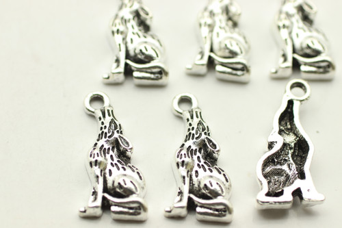 Howling Wolf, 20.9x8x3.3mm, Antique Silver Plated (Metal Alloy), approx 11 per bag