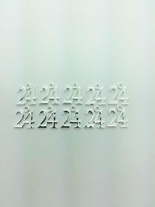#24 Charm 13x16mm 10 pieces