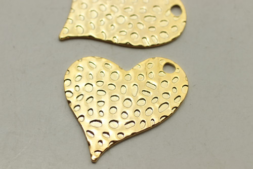 Heart Hammered, Double Sided, 30x31x1mm, Brass Gold Plated (Metal Alloy), approx 2 per bag