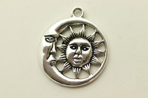 Sun and Moon, 30x26x3mm, Antique Silver Plated (Metal Alloy), approx 9 per bag