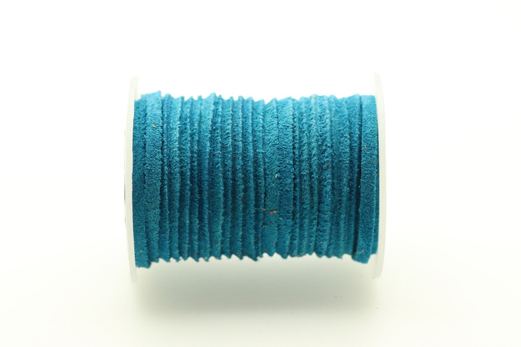 Suede Turquoise 3mm Flat 32 Feet