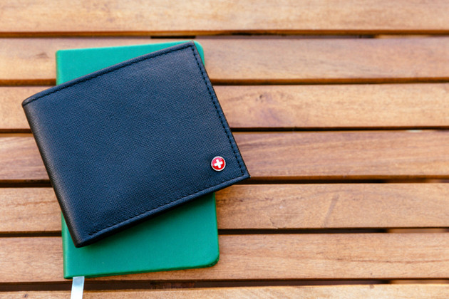​15 Types of Wallets: Here is How to Choose