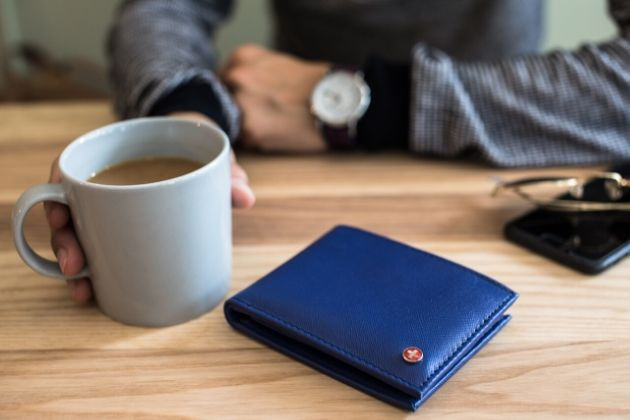 How To Protect Your Money on the Road: Secure Wallets That Worth Buying