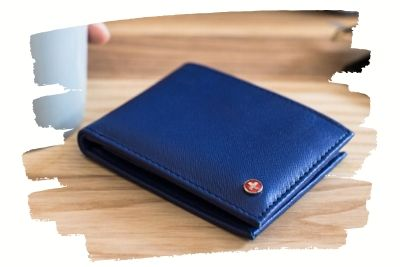 bifold-wallets-1.10.03.jpg