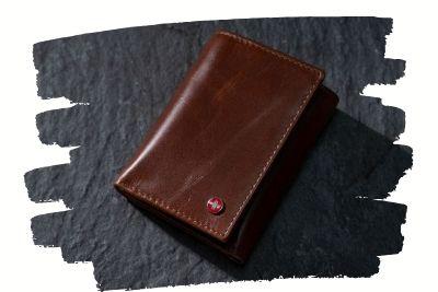 trifold-wallets-1.10.03.jpg