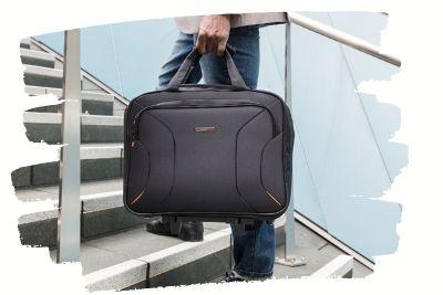 wheeled-briefcase-3.05.03.jpg