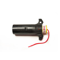 Ensure your tow lights are on with this TowMate Transmitter. It has a seven-pin configuration that's compatible with TowMate Wireless Light bars, and injection molding protects the electronics from environmental elements.