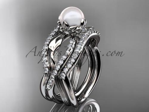 White Pearl Flower Platinum Wedding Ring Set AP70S