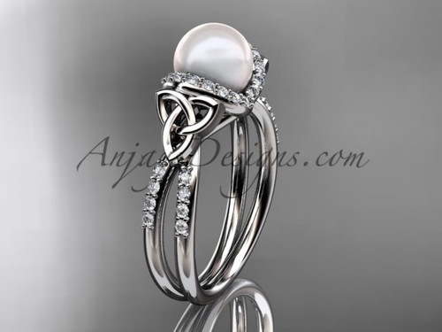 Platinum Pearl Celtic Wedding ring for Women CTP7155