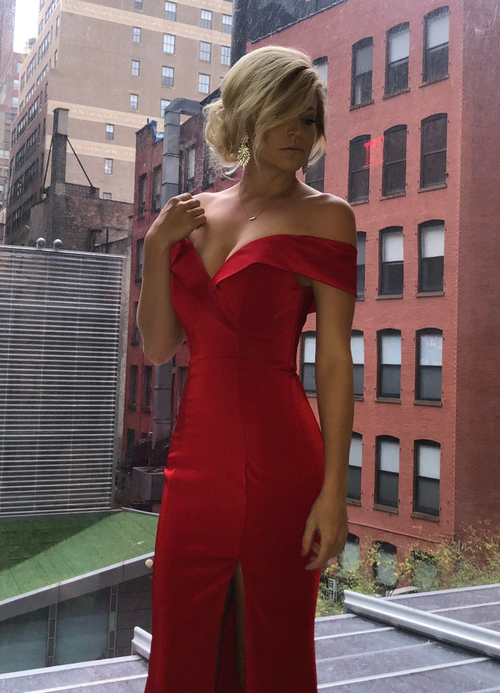 WILLOW GOWN RED - JADORE
