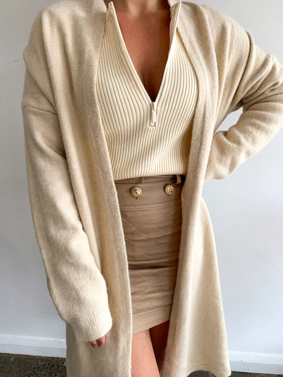 BEIGE WARM KNIT CARDIGAN