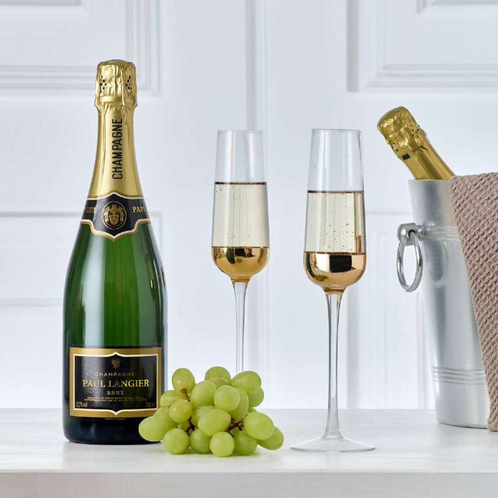 A single bottle of non-vintage, dry, French Champagne. A great gift to celebrate any occassion