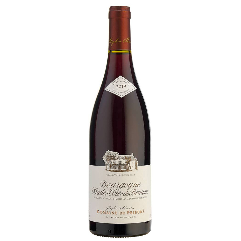 This Pinot Noir is from the higher slopes above Savigny. A typical Burgundian red wine, it extols the virtues of this tricky grape variety