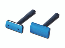 Surgical Razors - Single Blade with Comb (Box of 50)