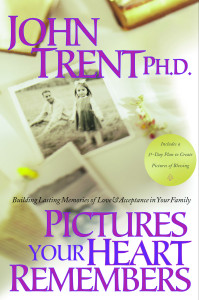 Pictures Your Heart Remembers: Building Lasting Memories of Love & Acceptance in Your Family - ISBN: 9781578562534