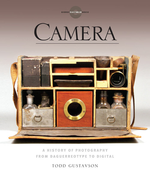 Camera: A History of Photography from Daguerreotype to Digital - ISBN: 9781454900023