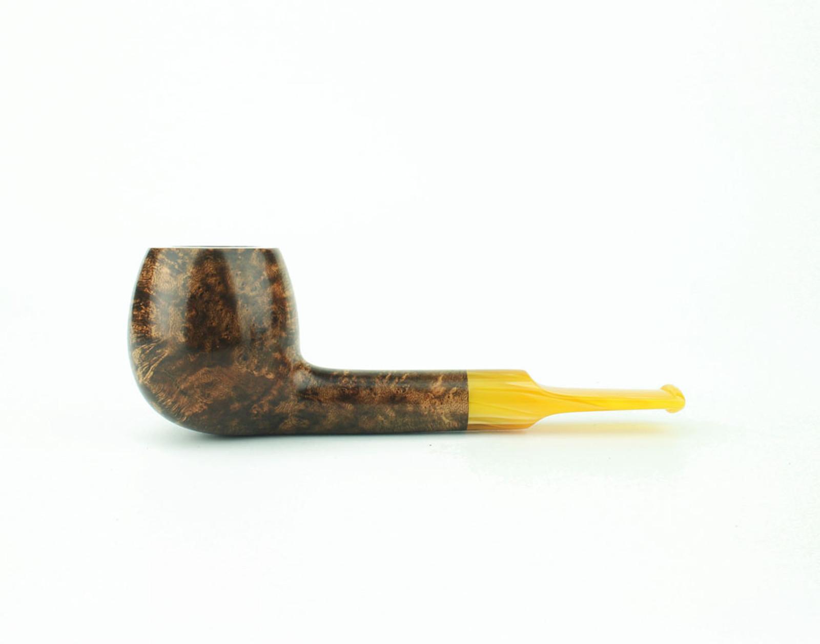 C81DS A - BriarWorks Classic C81 Straight Apple - Dark Smooth w/ Amber Stem