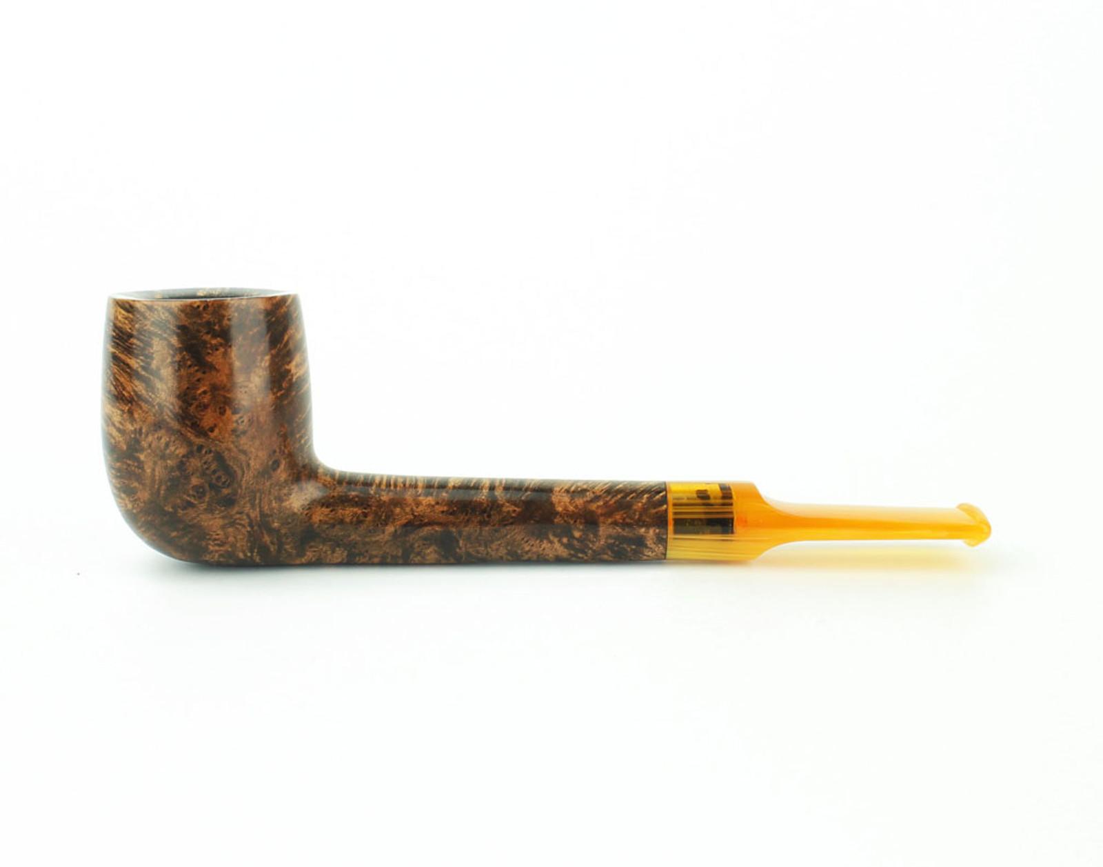 C23DS A - BriarWorks Classic C23 Lovat - Dark Smooth w/ Amber Stem