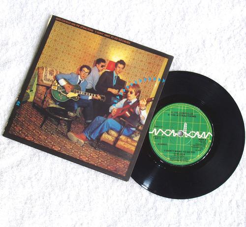 "New Wave - Elvis Costello & The Attractions Chelsea 7"" Vinyl 1978"