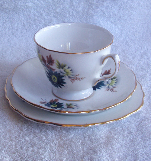 1970's Royal Vale (Ridgway) Floral Tea Trio Set