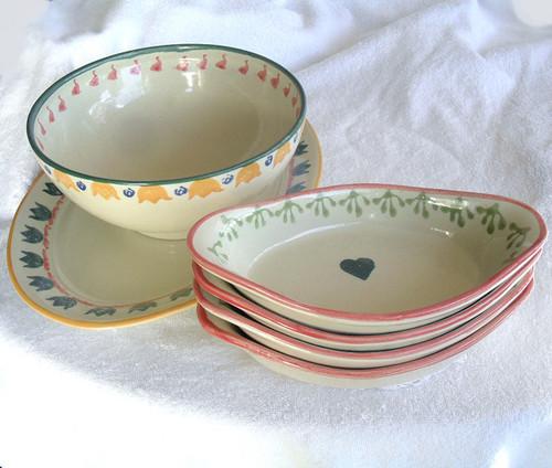 1960's Australian Ceramic Homeware ESSE DESIGN - Simple Hand Decorated