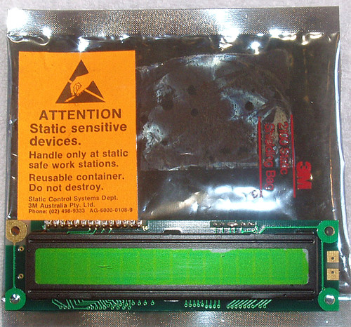 HANTRONIX 8 x 1 line HDM16108H-7 LCD display module