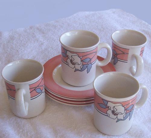 NZ  Crown Lynn (Venice design) ceramics - 4x Mugs/Cups & Saucers