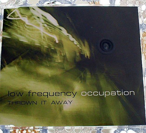 Aust Deep House - Low Frequency Occupation Thrown It Away CD 2004