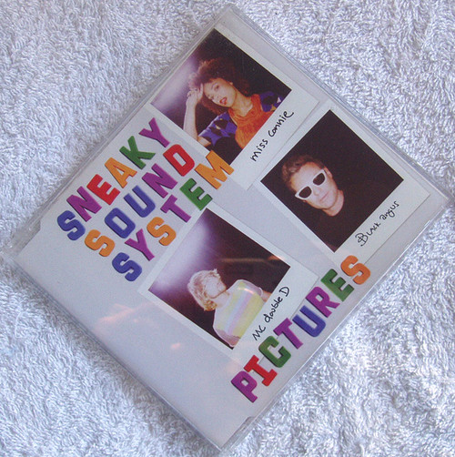 Electro Synth Pop - Sneaky Sound System Pictures CD 2006