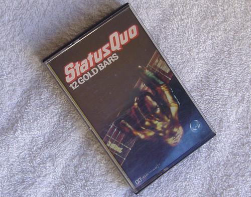 Classic Rock - Status Quo 12 Gold Bars  Cassette 1980