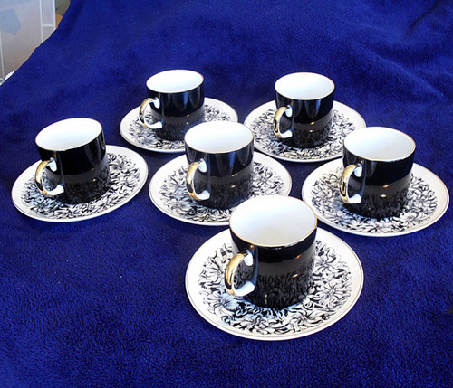 Highly Collectable Westminster Australia Demi Cup/Saucer  6 pcs