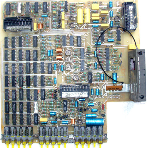 PHILIPS Colour TV Pattern Generator (Model: 5519) Main Printed Circuit Board