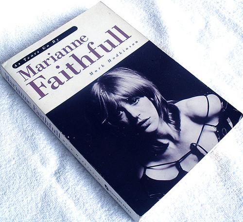 Music Book - MARIANNE FAITHFULL As Tears Go By 1991