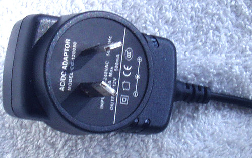 AC Wall Power Adaptor 12V DC @ 500mA Regulated (BRAND NEW)
