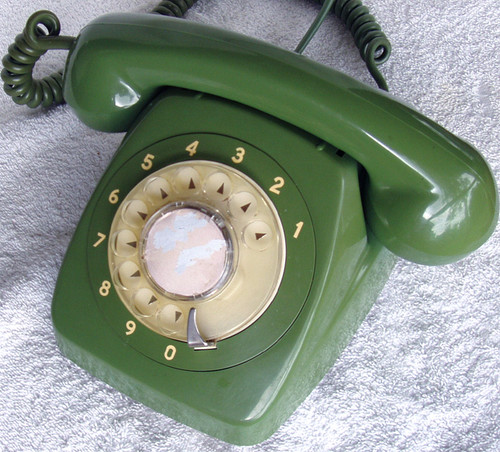 RARE COLOUR! GREEN Collectable  ROTARY DIAL TELEPHONE AWA 800 Series