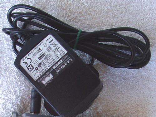 CISCO LINKSYS Wall Plug Regulated Supply Model AD 5V/2F 5V @ 2A