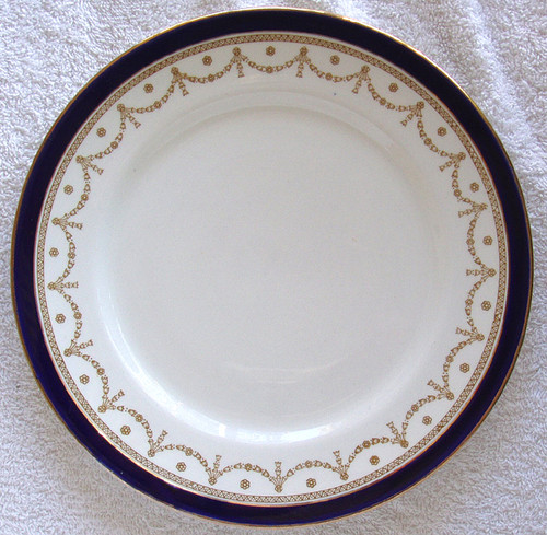 "ALFRED MEAKIN #1867 ""Bleu De Roi"" English Chinaware - 9"" (23cm) Dinner Plate"