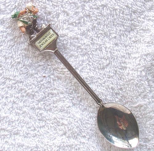 RANDA (AUSTRALIA) Souvenir Teaspoon JENOLAN CAVES OKTOBERFEST
