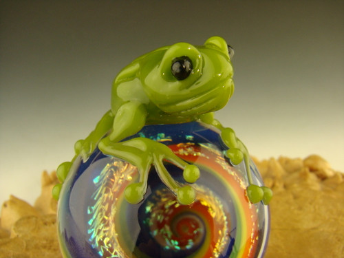 Frog on a Dichroic Vortex marble Sculpture figurine Statue By Mazet