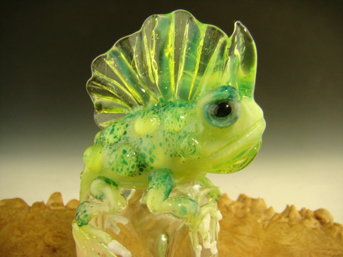 Blown glass iguana sculpture figurine by Eli Mazet