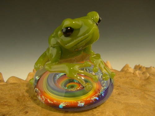 Flameworked glass frog Dichroic paperweight sculpture by Eli Mazet