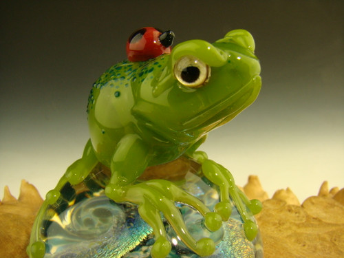 Dichroic Glass Art 'Frog and a Ladybug' sculpture Figurine by Mazet