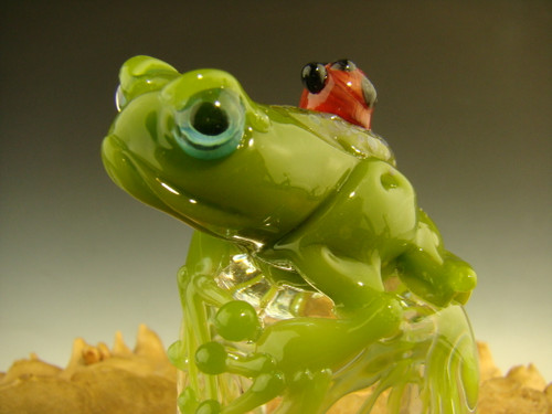 Glass Art Frog Chillin on Ice sculpture figurine By mazet