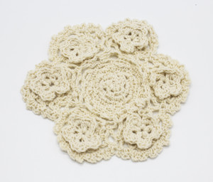 Fennco Styles Handmade 3D Flowers Crochet Lace Cotton Round Doilies - 4-pack