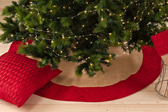 Kamala Pleated Diamond Cotton Trim Burlap Holiday Festive Tree Skirt