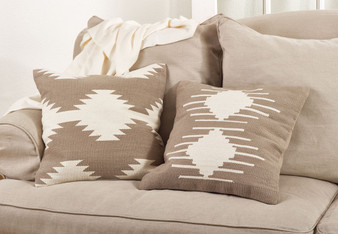 Fennco Styles 20-inch Kilim Design Down Filled Throw Pillow, Natural