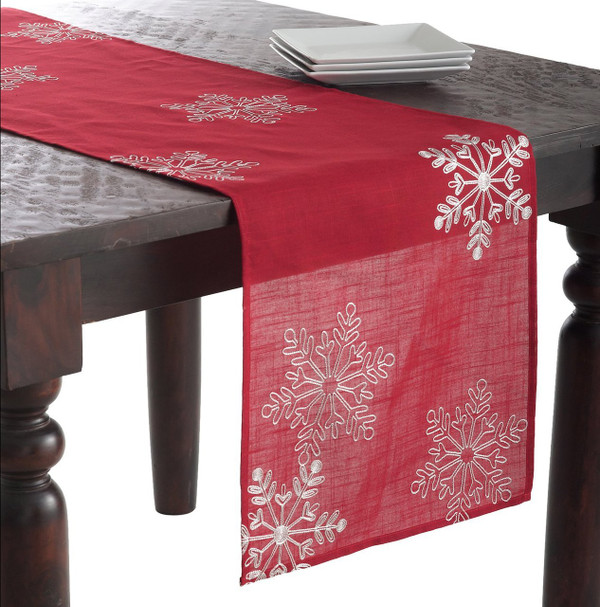 SARO LIFESTYLE 70196 1-Piece Snow Crystal Runner Oblong Tablecloth, 16 by 70-Inch, Red