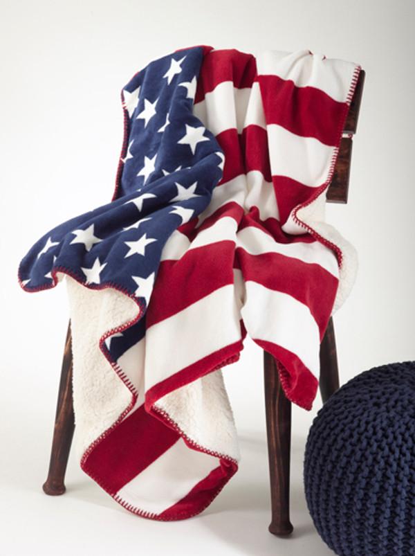 US Flag Design Sherpa Throw Blanket